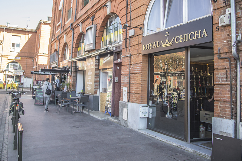 dehors magasin royal chicha toulouse